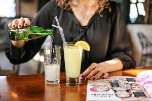 limunada i kisela voda